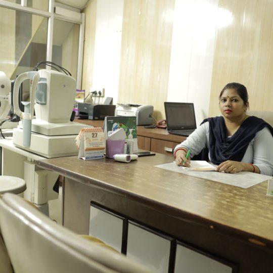 LASIC LASER RECEPTION_Praveen Eye Hospital