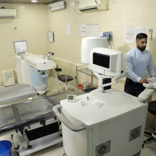 Lasik Laser Suite_Praveen Eye Hospital